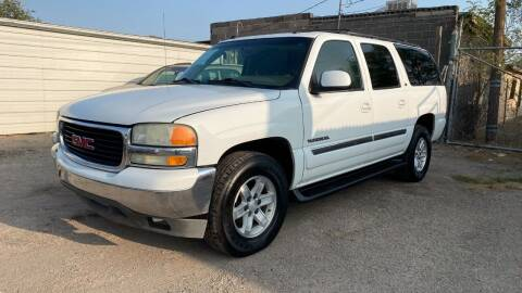 2004 GMC Yukon XL for sale at BARRIO MOTORS in El Paso TX
