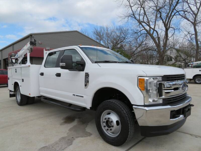 2017 Ford F-350 Super Duty for sale at TIDWELL MOTOR in Houston TX