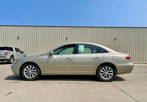 2008 Hyundai Azera for sale at TnT Auto Plex in Platte SD