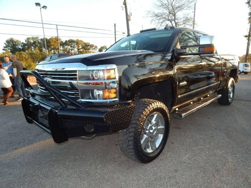 2015 Chevrolet Silverado 2500HD for sale at Medford Motors Inc. in Magnolia TX