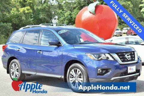 2020 Nissan Pathfinder for sale at APPLE HONDA in Riverhead NY