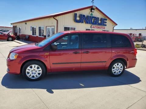 """2016 Dodge Grand Caravan for sale at UNIQUE AUTOMOTIVE """"BE UNIQUE"""" in Garden City KS"""