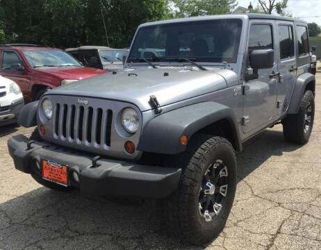 2013 Jeep Wrangler Unlimited for sale at Knowlton Motors, Inc. in Freeport IL