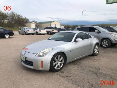 2006 Nissan 350Z for sale at Independent Auto in Belle Fourche SD