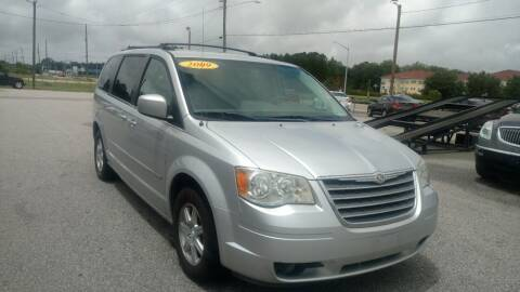 2009 Chrysler Town and Country for sale at Kelly & Kelly Supermarket of Cars in Fayetteville NC