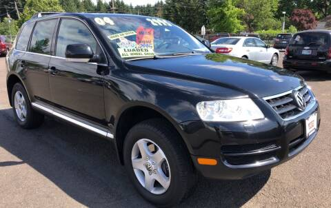 2004 Volkswagen Touareg for sale at Freeborn Motors in Lafayette, OR