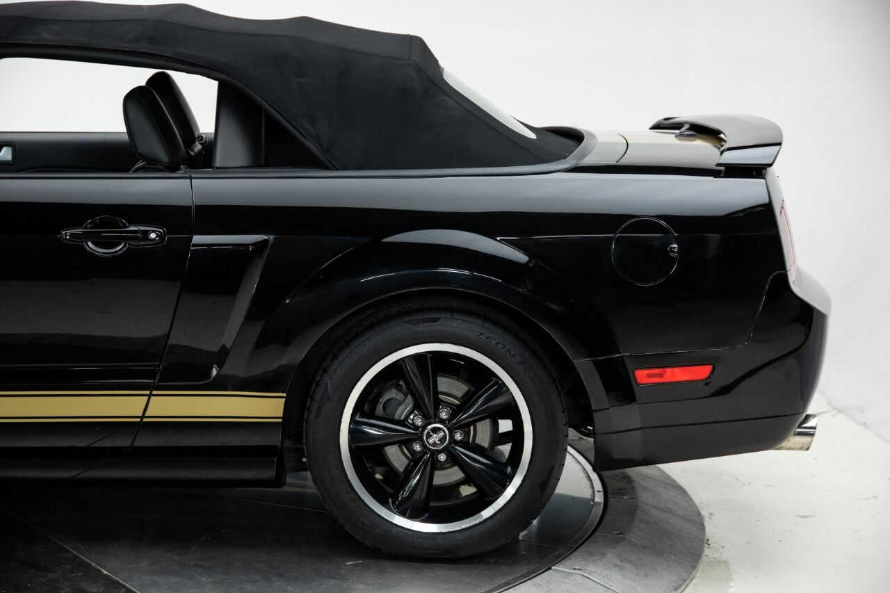 2007 Ford Mustang 19