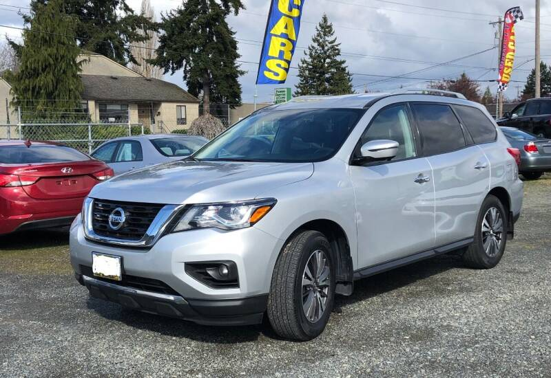 2017 Nissan Pathfinder for sale at A & V AUTO SALES LLC in Marysville WA