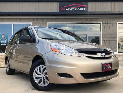 2009 Toyota Sienna for sale at CK MOTOR CARS in Elgin IL