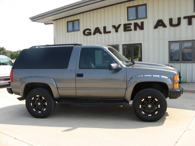 1999 Chevrolet Tahoe for sale at Galyen Auto Sales in Atkinson NE