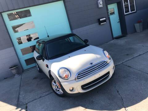 2013 MINI Hardtop for sale at Enthusiast Autohaus in Sheridan IN