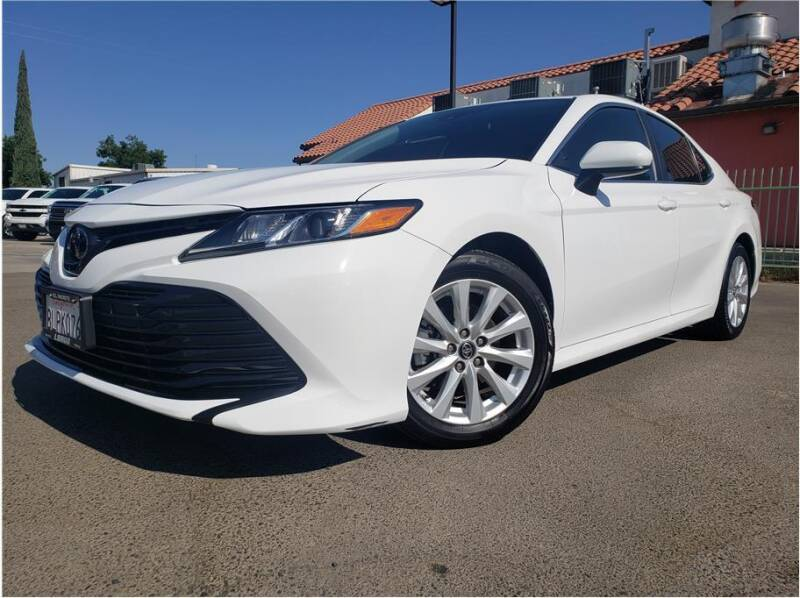 2019 Toyota Camry for sale at MADERA CAR CONNECTION in Madera CA