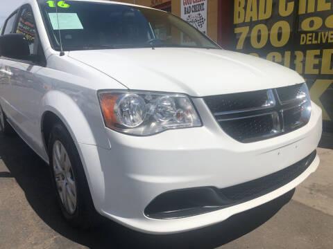2016 Dodge Grand Caravan for sale at Sunday Car Company LLC in Phoenix AZ