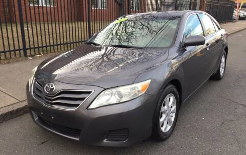 2011 Toyota Camry for sale at Commercial Street Auto Sales in Lynn MA