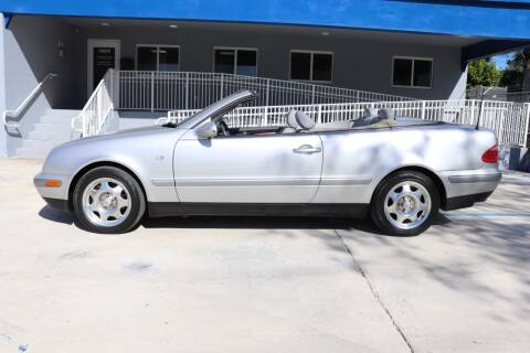 1999 Mercedes-Benz CLK for sale at PERFORMANCE AUTO WHOLESALERS in Miami FL