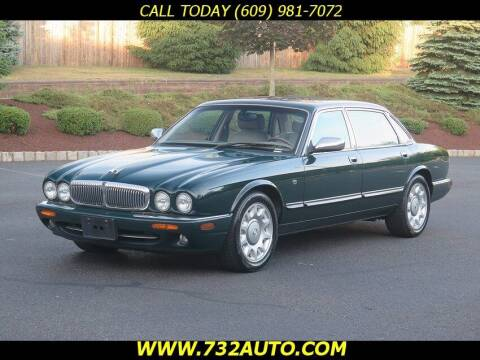 2000 Jaguar XJ-Series for sale at Absolute Auto Solutions in Hamilton NJ