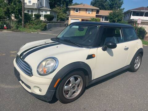 2009 MINI Cooper for sale at Morris Ave Auto Sale in Elizabeth NJ