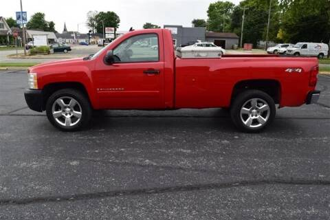 2008 Chevrolet Silverado 1500 for sale at Hometown Custom Auto in Martinsville IN