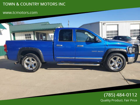 2007 Dodge Ram Pickup 1500 for sale at TOWN & COUNTRY MOTORS INC in Meriden KS