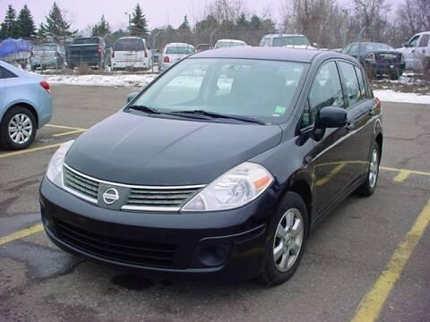 2008 Nissan Versa for sale at VOA Auto Sales in Pontiac MI