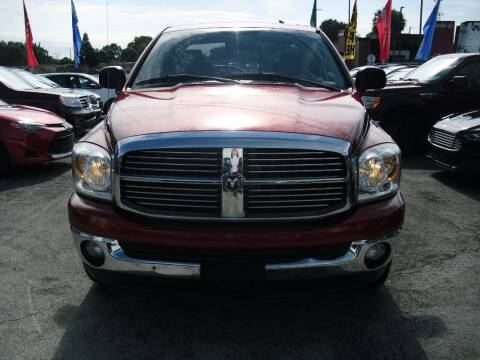 2008 Dodge Ram Pickup 1500 for sale at SUPERAUTO AUTO SALES INC in Hialeah FL