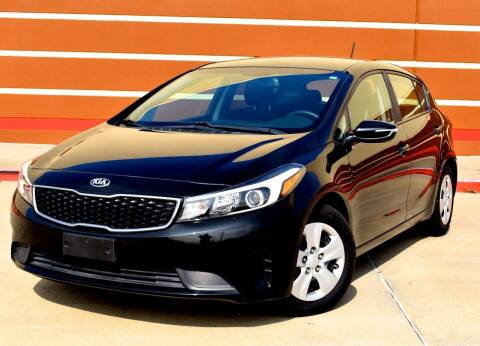 2016 Kia Forte5 for sale at Auto Hunters in Houston TX