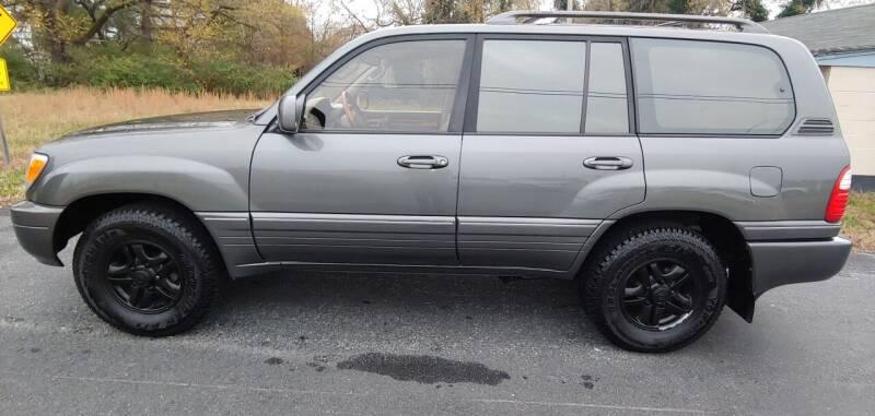 2000 Lexus LX 470 for sale at R & D Auto Sales Inc. in Lexington NC
