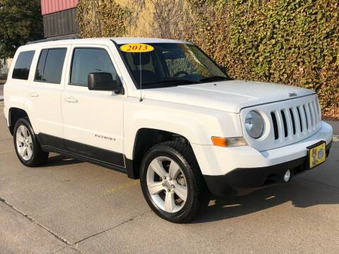 2013 Jeep Patriot for sale at El Tucanazo Auto Sales in Grand Island NE