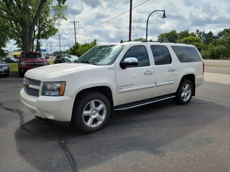 2008 Chevrolet Suburban for sale at Premier Motors LLC in Crystal MN