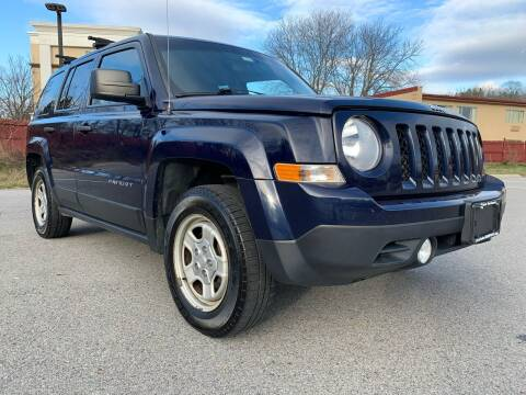 2013 Jeep Patriot for sale at Auto Warehouse in Poughkeepsie NY