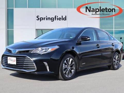 2017 Toyota Avalon Hybrid for sale at Napleton Autowerks in Springfield MO