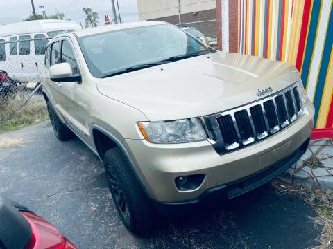 2011 Jeep Grand Cherokee for sale at Car Credit Stop 12 in Calumet City IL