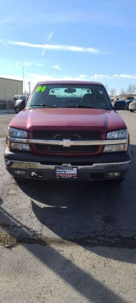 2004 Chevrolet Avalanche for sale at Chicago Auto Exchange in South Chicago Heights IL