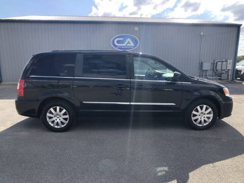 2016 Chrysler Town and Country for sale at Team Hall at City Auto in Murfreesboro TN