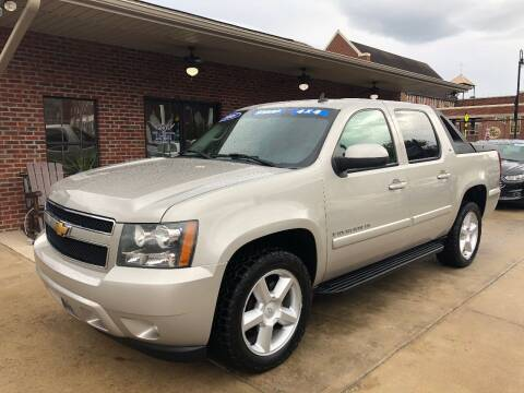 2008 Chevrolet Avalanche for sale at Triple J Automotive in Erwin TN