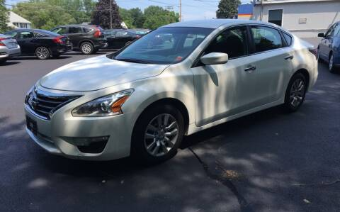 2014 Nissan Altima for sale at Delafield Motors in Glenville NY