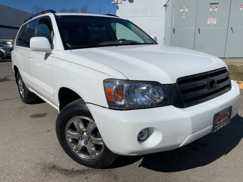 2004 Toyota Highlander for sale at JerseyMotorsInc.com in Teterboro NJ