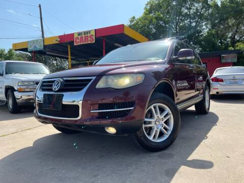 2008 Volkswagen Touareg 2 for sale at Cash Car Outlet in Mckinney TX