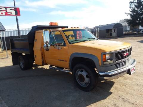 2001 GMC Sierra 3500 for sale at Dave's Auto Sales & Service in Weyauwega WI