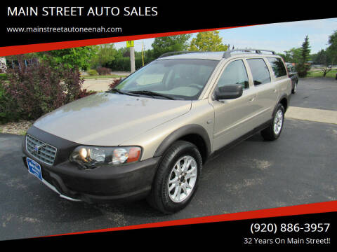 2004 Volvo XC70 for sale at MAIN STREET AUTO SALES in Neenah WI