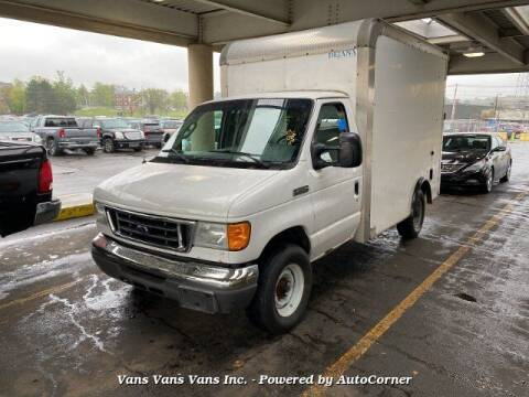 2007 Ford E-Series Chassis for sale at Vans Vans Vans INC in Blauvelt NY