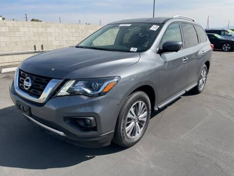 2020 Nissan Pathfinder for sale at Nissan of Bakersfield in Bakersfield CA