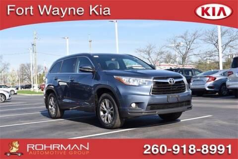 2015 Toyota Highlander for sale at BOB ROHRMAN FORT WAYNE TOYOTA in Fort Wayne IN