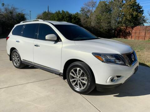 2014 Nissan Pathfinder for sale at TROPHY MOTORS in New Braunfels TX