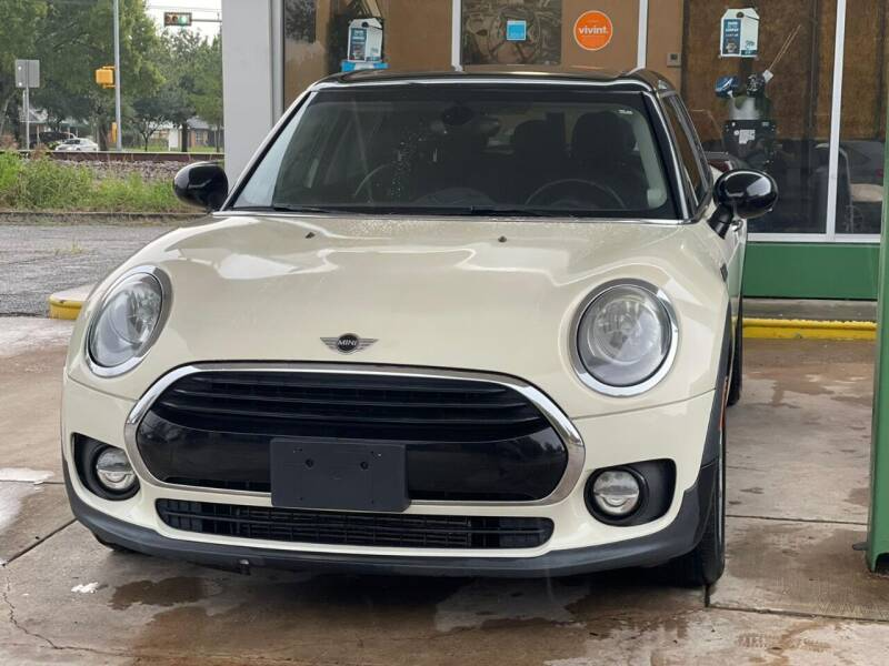 2017 MINI Clubman for sale at Auto Outlet Inc. in Houston TX