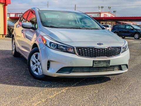2018 Kia Forte for sale at MAGNA CUM LAUDE AUTO COMPANY in Lubbock TX