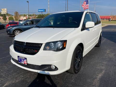 2015 Dodge Grand Caravan for sale at Auto Outlets USA in Rockford IL
