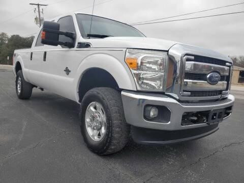 2013 Ford F-250 Super Duty for sale at Thornhill Motor Company in Lake Worth TX