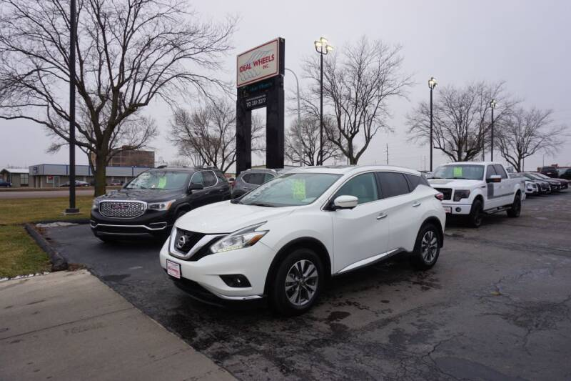 2015 Nissan Murano for sale at Ideal Wheels in Sioux City IA