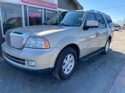 2006 Lincoln Navigator for sale at Martins Auto Sales in Shelbyville KY